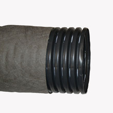 Дренажная труба гофрированная в фильтре геотекстиль СибурØ160 мм