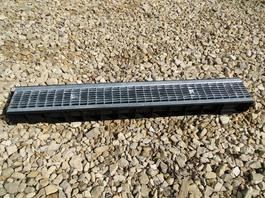 Водоотводный лоток пластиковый дренажный с решеткой ячеистой сталь оцинкованная (1000x145x100)