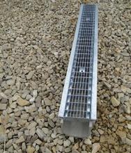 Водоотводный лоток полимербетонный с решеткой ячеистой сталь оцинкованная (1000x140x130)